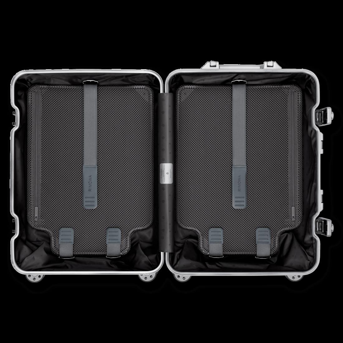 RIMOWA(リモワ)のスーツケース内装もスマート