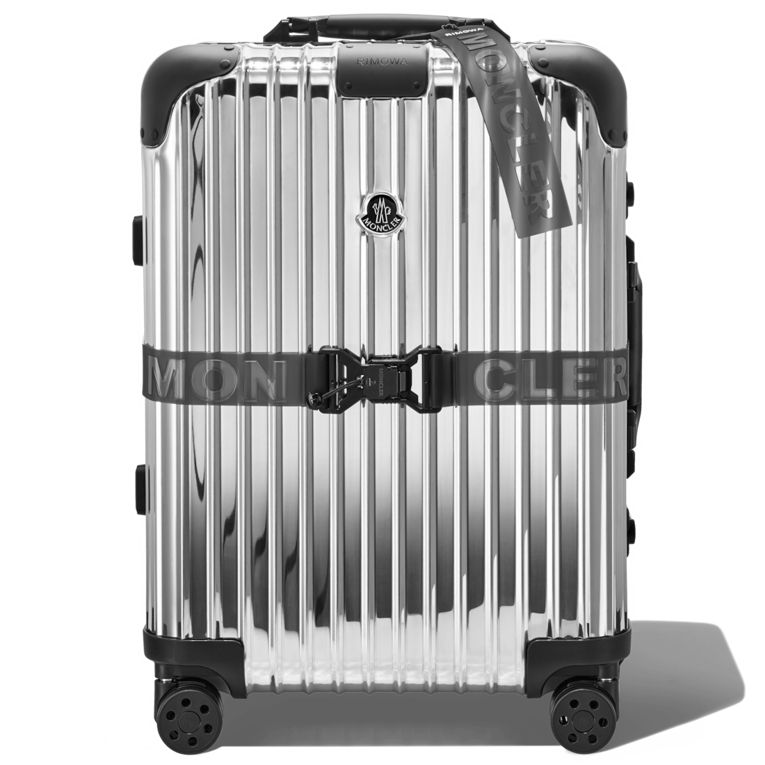 """Reflection"" Cabin - Moncler and RIMOWA"